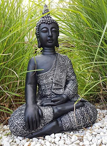 Sitzender Buddha für den Innen- und Außenbereich, frostfest, beruhigende Statue als mediativer Ruhepunkt im Garten oder Raum, Steinfigur, Deko Figur 45 x...