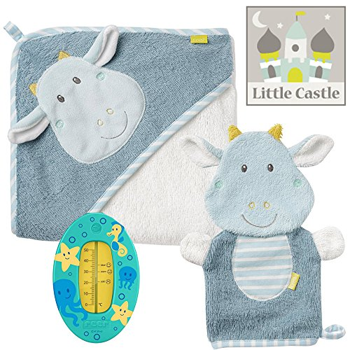 Baby Fehn Spar-Set Badeset Drache Hellblau // Kapuzenbadetuch Bade-Poncho aus Baumwolle & Waschhandschuh Little Castle Collection Lebhafte Farben und Materialien // Gratis REER Badethermometer