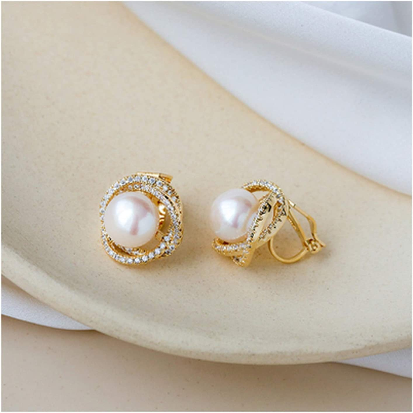 NYKK Earring Pearl Earrings Retro Temperament Simple High-end Earrings Female Pure White Fungus Clip Without Pierced Ears Fashion Jewelry (Color : B)
