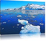 Eisbrocken im blauen Meer der Arktis auf Leinwand, XXL