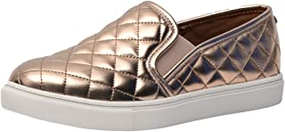 CUSHIONAIRE Women's Reed Comfort Quilted Sneaker