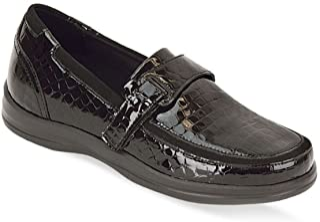 APEX LEGENDS Women's Apex Petals-Evelyn Croc Black Loafer Flat