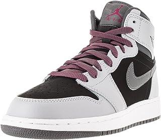 Nike 男式 Alpha PRO MID 足球钉鞋