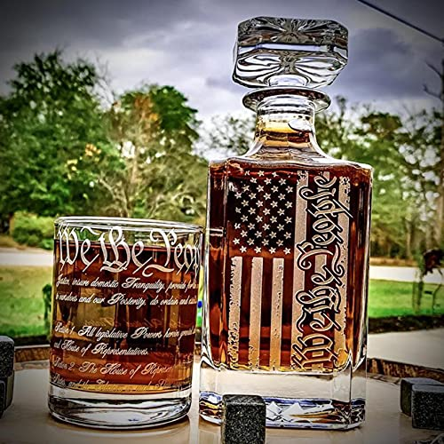 US Flag Premium Whiskey Decanter - 450ml, WE THE PEOPLE Whisky Glass Bottle, for Memorial Day and Independence Day Party,Gift Idea for Men, Him, Dad - Scotch, Bourbon, Vodka