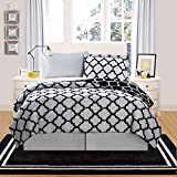 VCNY Home Galaxy 8 Piece Comforter Set, Queen, Black/White
