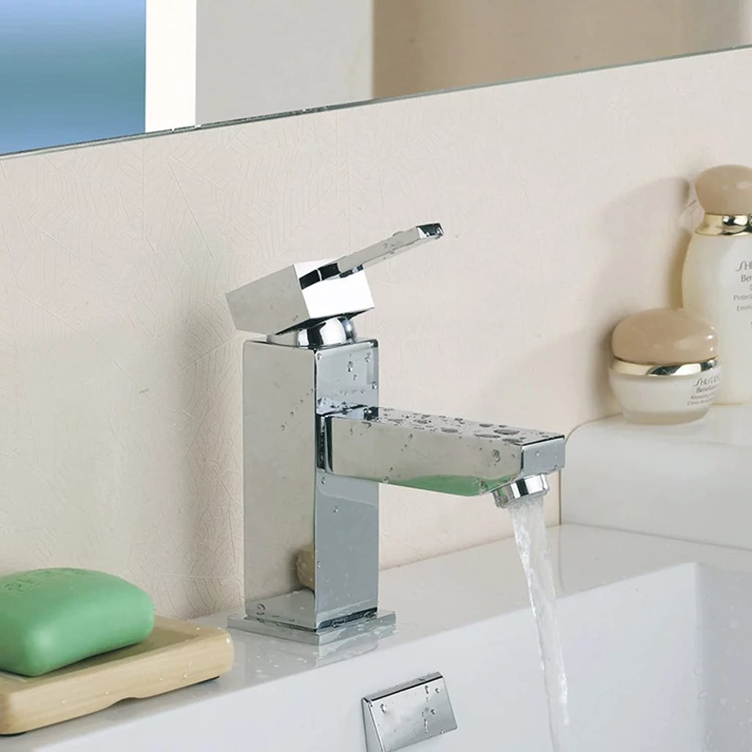 DLewiee Bathroom Faucet Basin Single Hole Hot And Cold Taps Full Copper Basin Faucet Audience