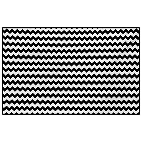 Chevron Outdoor Rugs for patios Kitchen Rugs and mats Zig Zags in Black and White Sharp Arrow Inspired Classic Retro Tile Monochrome for Entryway Porch Bedroom Living Room Laundry Kitchen Black White