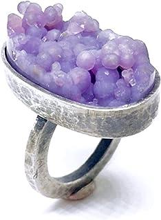 Spettacolare anello con prezioso Calcedonio in Agata Viola Grape da 16 mm x 28 mm x 8 mm e 25,05 carati. Anello realizzato...