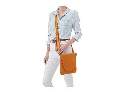 Hobo Echo (Butterscotch) Handbags