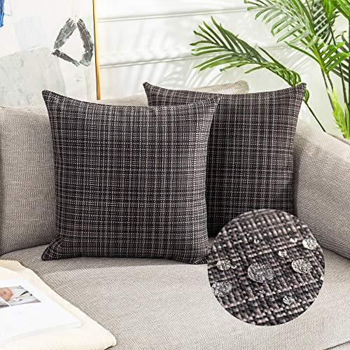 Kevin Textile Dekorative Kissenbezüge für draußen, wasserdicht, gestreift, quadratisch, 45,7 x 45,7 cm, Schwarz, 2 Stück
