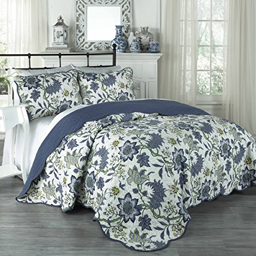 Traditions by Waverly Maldives Quilt Collection, Full/Queen, Porcelain