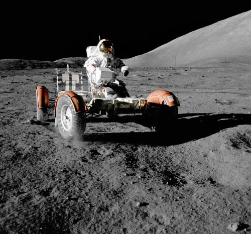 NASApete Astronaut auf Mondfahrzeug, Kosmonaut, Fototapete, Bildtapete, XXXL-Poster, 6 Bahnen, 279x260cm