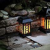schwarze Solar Laterne mit LED Kerze und täuschend echt wirkenden Flacker-Effekt, von Festive Lights - 4