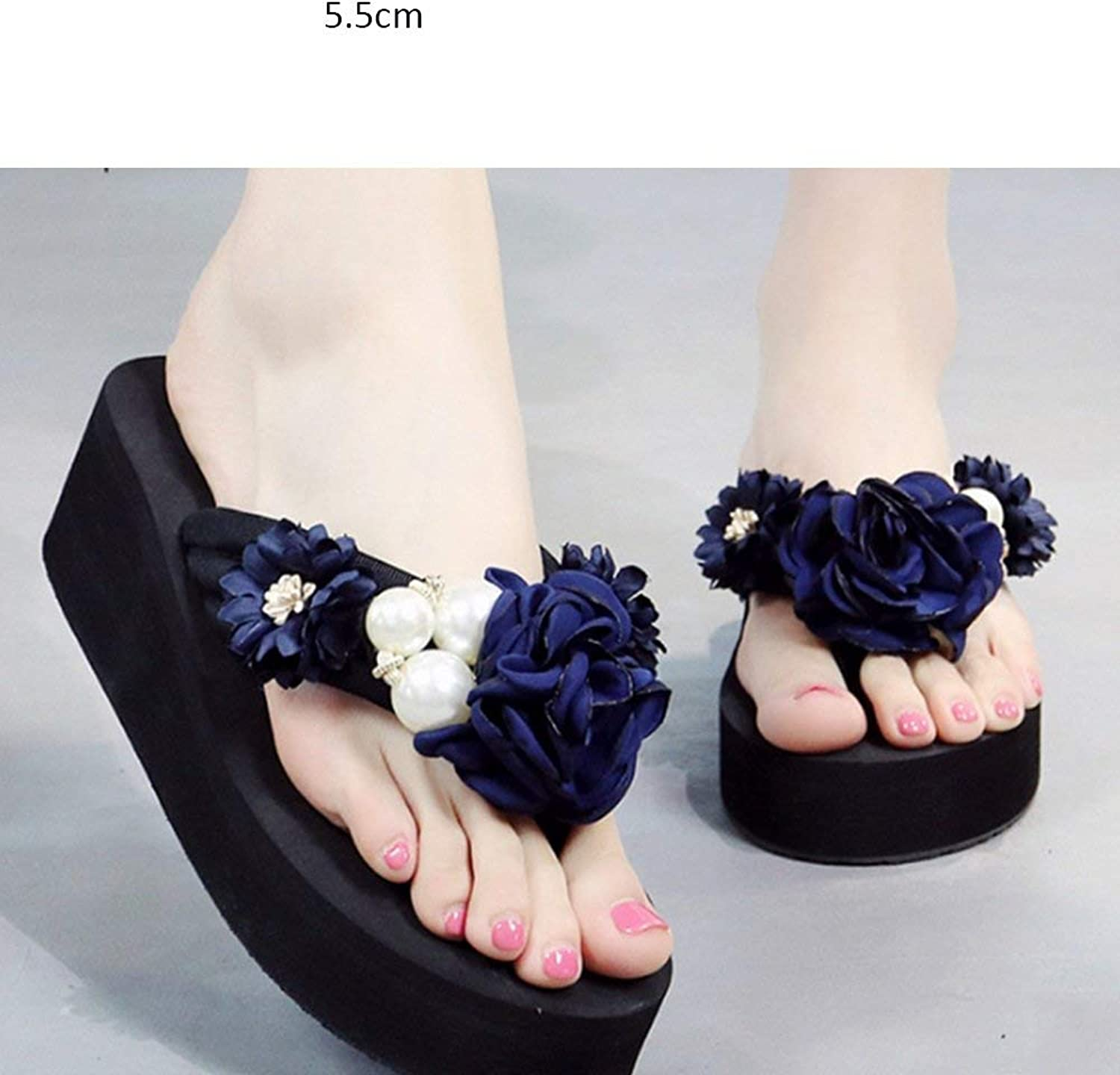 Comfortable and beautiful ladies sandals Slope with flip-Flops Female Summer wear flip Sandals Fashion Flat Beach shoes.