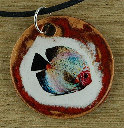 Echtes Kunsthandwerk: Toller Keramik Anhänger mit einem Fisch; Aquarium, Discus, Diskus, Zierfisch, Barsch