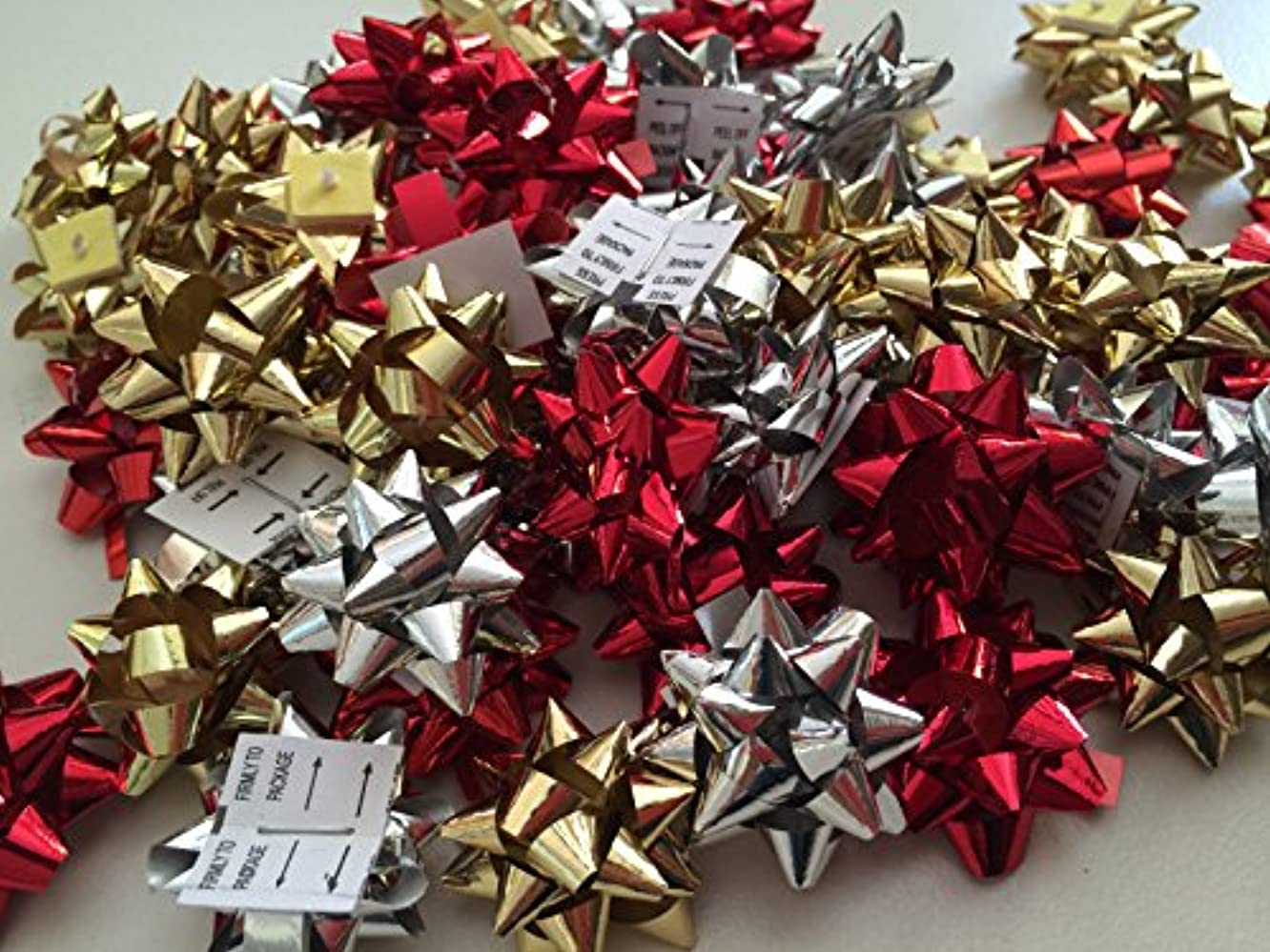 PEPPERLONELY Brand 50PC Mini Size Red Gold Silver 1 Inch Jewelry Box Metallic Christmas Mix Gift Wrap Bows