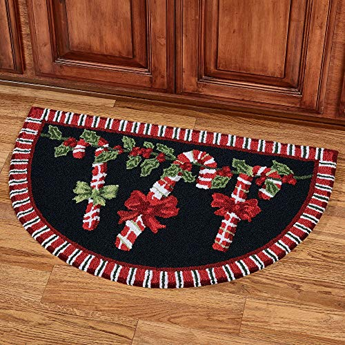 Nourison Candy Cane Garland Slice Accent Rug Black 33 x 21