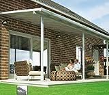In policarbonato di qualità resistente ai raggi UV (carico massimo: 150  kg/m²). Consente la penetrazione di grandi quantità di luce. In alluminio di alta qualità verniciato a polvere (colore: bianco). Inclinazione del tetto variabile e possibilità d...