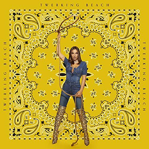 Twerking Beach (CD autografato) [Esclusiva Amazon.it]