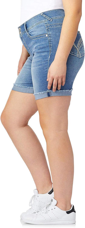 WallFlower Women's Juniors Plus-Size Luscious Curvy Embellished Midthigh Shorts