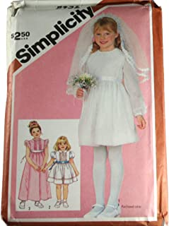 Vintage Simplicity 5952 Sewing Pattern Child Dress Or Communion Dress in Two Lengths and Veil