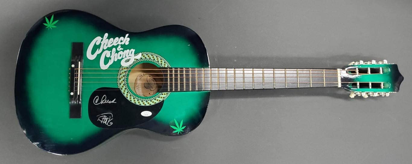 Cheech and Mail order Ranking TOP4 Chong hand Signed Smo Guitar Green Autographed