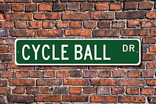 Aersing Home Decor Cycle Ball Cycle Ball Schild Cycle Ball Fan Geschenk Fußball auf Fahrräder Radball Metall Schild für Outdoor Nutzung Innen Street
