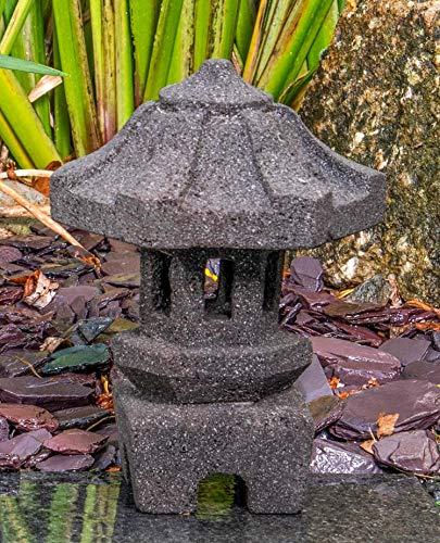 IDYL Stein-Laterne Lampe Yukimi aus Lavastein |frostfest |Höhe 25 cm | massives Naturprodukt | Dekorativ für Wohnraum/Winter-Garten/Teelicht geeignet