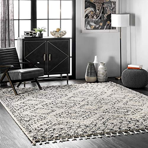 nuLOOM Vasiliki Moroccan Shaggy With Tassels Area Rug, 3' x 5', Off White