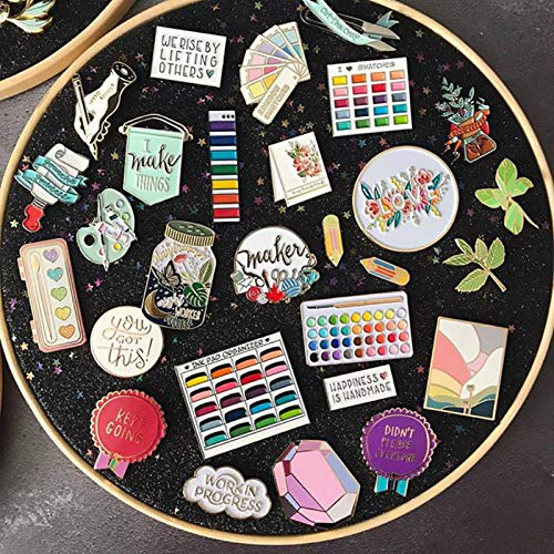 Wall Hanging Brooch Jewelry Storage Display Stand Enamel Pin Display Holder Earrings Necklace Glitter Pin Display Board with stars, Pin Collection Display, Canvas/leather Embroidery Hoop (Black)