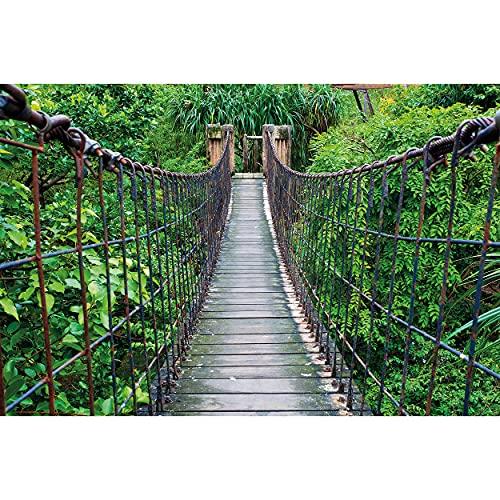 GREAT ART® XXL Póster – Puente Colgante – Decoración Mural Selva Paisaje Naturaleza Aventura Puente Selva Bosque Puente De Madera Cartel Bosque Verde (140 X 100 cm)