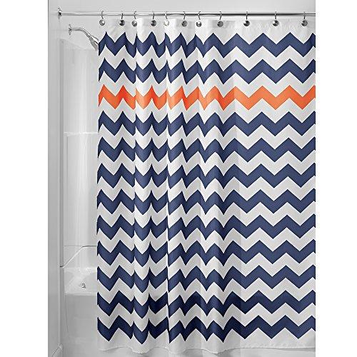 iDesign Chevron Duschvorhang Textil, leicht zu pflegener Duschvorhang aus Stoff mit verstärkten Löchern, Badewannenvorhang mit Zickzack-Muster, Polyester navyblau/orange
