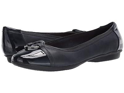 Clarks Gracelin Wind (Navy Leather/Synthetic) Women