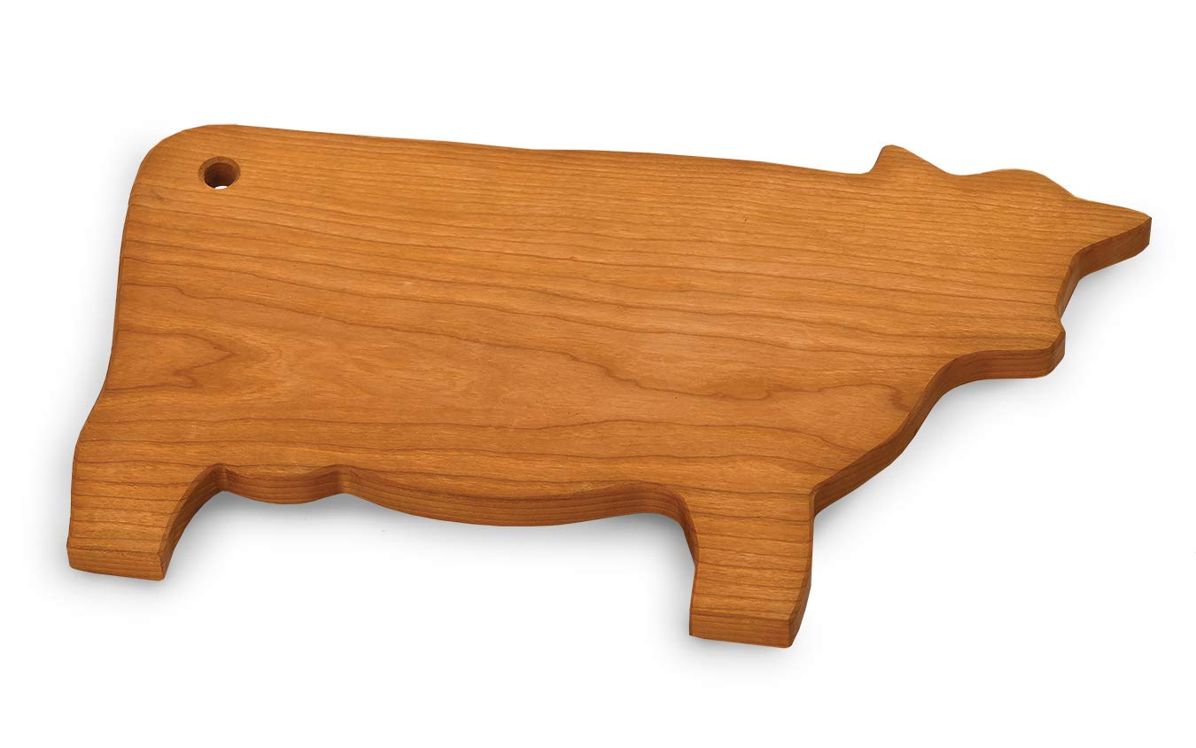 Amazon Com American Hardwood Usa Made Cow Shape Cheese Board Cutting Board By Picnic Plus 15 5 W X 9 D Cherry Bar Tools Drinkware
