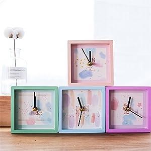 NACOLA Mini reloj despertador cuadrado de madera de la marca batería de reloj de viaje para niños y estudiantes, color al azar