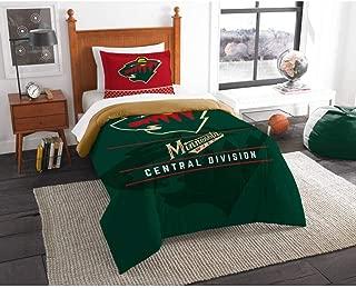 B62830000 570B6783000001 EN Hockey League Wild Bedding 2 Piece Comforter Twin Set, Sports Patterned Team Logo Fan Merchandise Athletic Team Spirit, Red Green Brown, Polyester Unisex