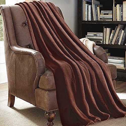 JML Plüsch-Überwurfdecke, 127 x 152,4 cm, weiche Fleece-Decke – leicht, für alle Jahreszeiten, Couch, Sofa, einfarbig, Kaffeebraun