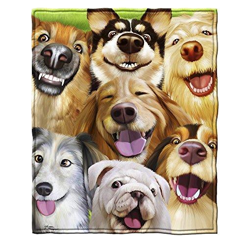 Dawhud Direct Dogs Selfie Super Soft Plush Fleece Throw Blanket