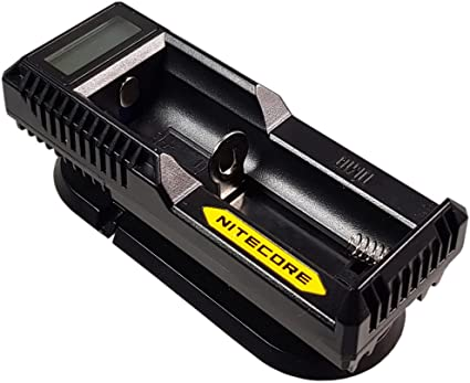 Nitecore Um10 Usb Ladegerät Mit Lcd Display Für Li Ion Elektronik