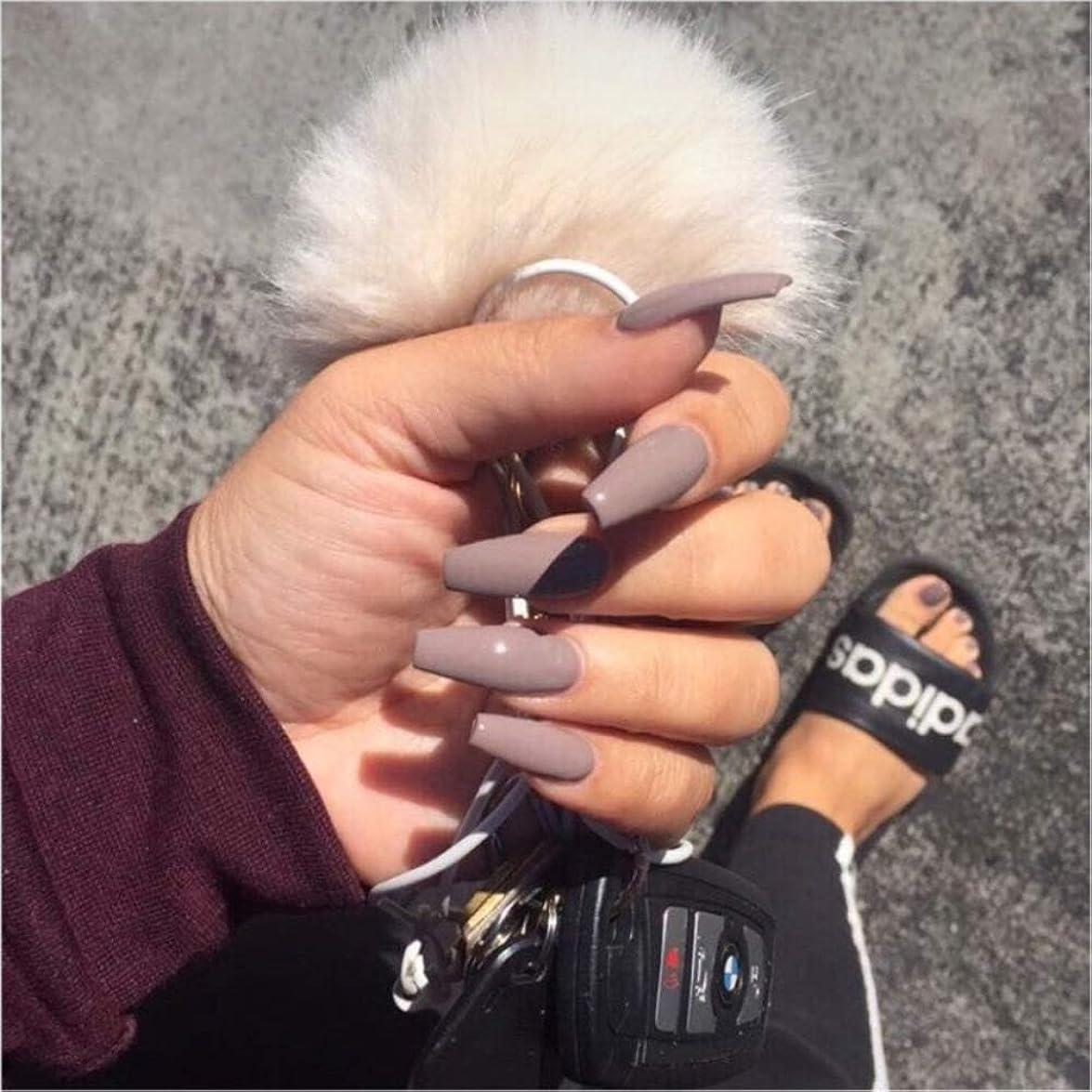 XUTXZKA グレーの純粋な色の偽の爪の女性の完全な爪のヒントの花嫁の偽の爪