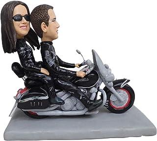 Pareja montando motocicleta vieja escultura muñecas de arcilla polimérica mini estatua cake toppers