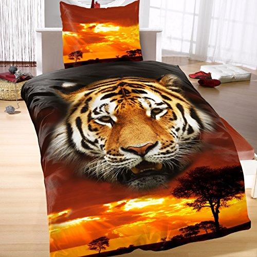 Tiger-Bettwäsche Mystic Rot Schwarz 2tlg 100{355c52be945e87604d1e5fd1a3a193715b066e2b6fa864643e3cb39526c862f4} Baumwolle Renforcé Tigerkopf im Sonnenuntergang in der Savanne