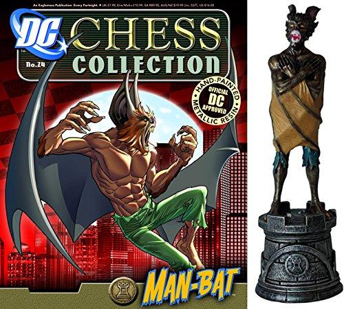 Pintada a mano con gran calidad de detalles. Los personajes más representativos del Universo DC. Acompañada de una revista con las hazañas del personaje (en inglés).