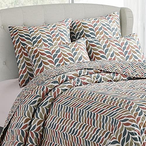 PimpamTex Tagesdecke, Flauschige Steppdecke für das Schlafzimmer oder Wohnzimmer, Eleganter Sofa- & Bettüberwurf, Seitenwechselbare Wendebettdecke Modell Bouti (180 x 270 cm, Trigo Kastanienbraun)