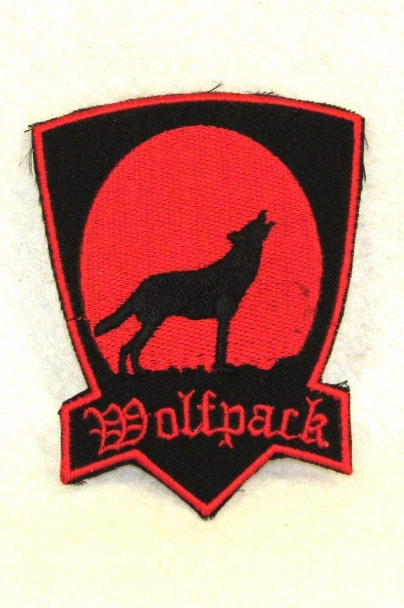 Long Beach Mall Sturgis-Mid-West Wolf Sales for sale Pack red on Black Ve for Small Biker Patch