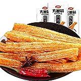 WeiLong Latiao Damianjin Spicy Gluten New Package 卫龙辣条 大面筋 (106g3packs)