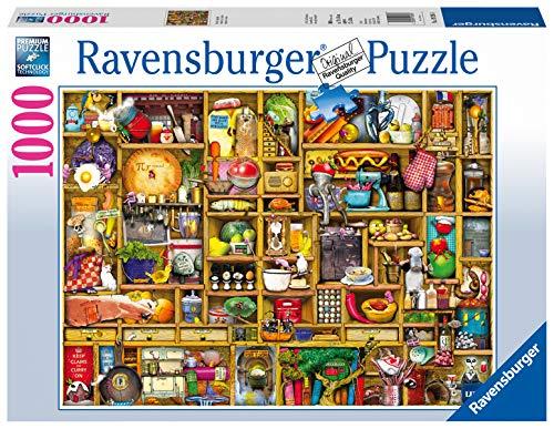 Ravensburger Puzzle 19298 - Kurioses Küchenregal - 1000 Teile Puzzle für Erwachsene und Kinder ab 14 Jahren, Motiv von Colin Thompson