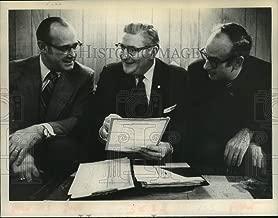 1974 Press Photo James Palmer, Al Lussier, David O'Leary confer in New York