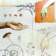 BiSH「STAR」のCDジャケット