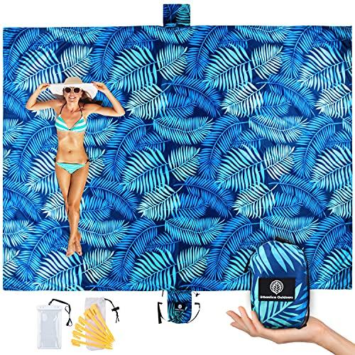 URBANECO OUTDOORS Lightweight Beach Blanket